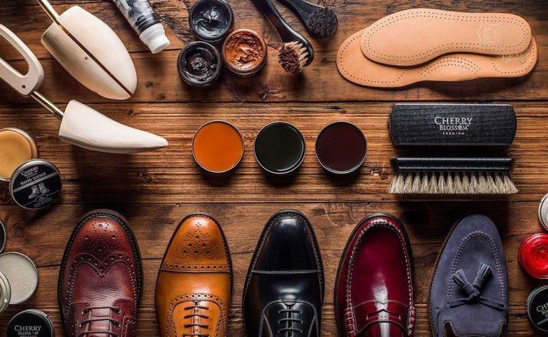 средства для ухода за кожаной обувью