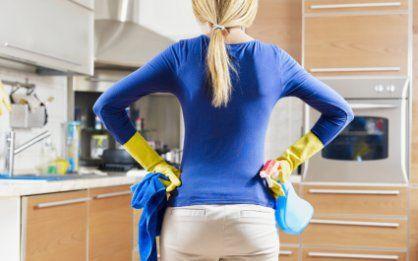 как отмыть кухонную мебель от жира