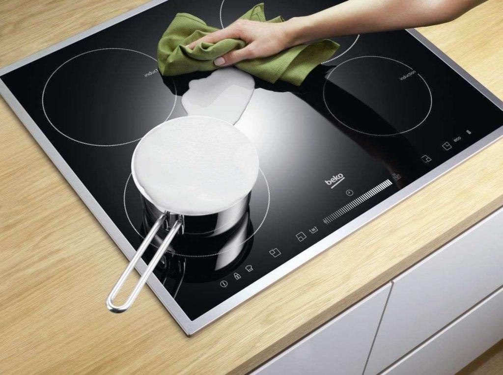 как мыть индукционную плиту