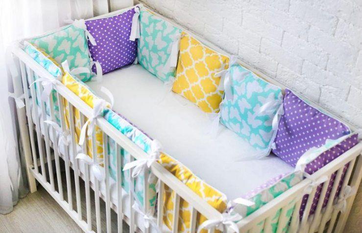 как стирать бортики в кроватку новоржденному