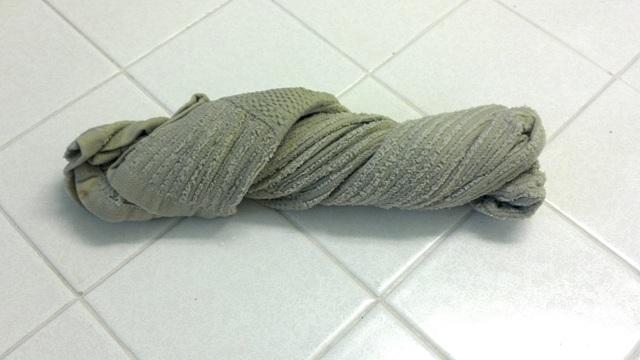 полотенцем мыть пол нельзя