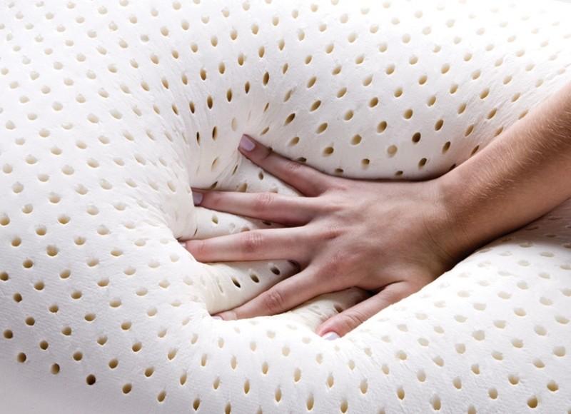 как очистить латексную подушку