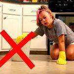 Почему нельзя мыть полы вечером