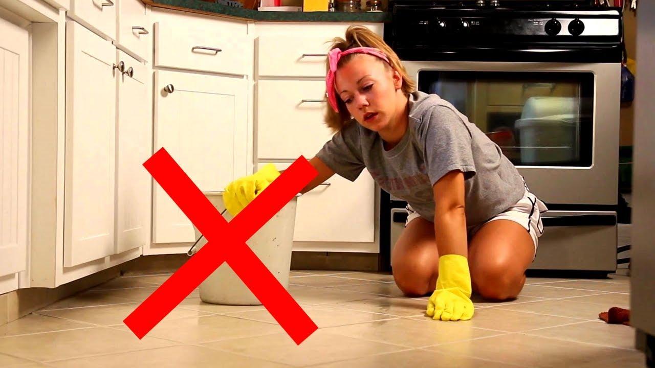 почему нельзя мыть пол вечером