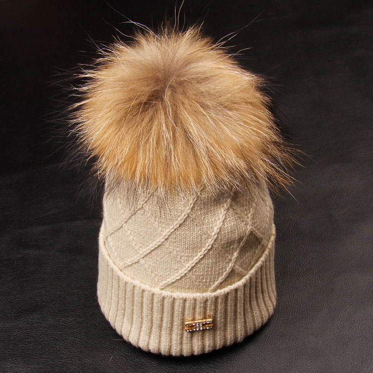 как стирать шапку с мехом