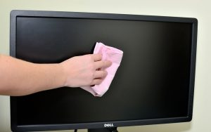 Основные правила чистки ЖК экрана