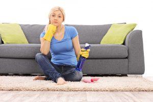 Чистый диван из флока
