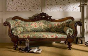 Как почистить диван из гобелена