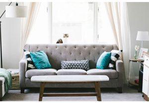 Основные правила по чистке дивана от запаха рвоты
