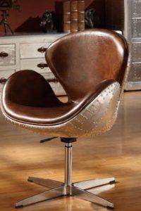 Чистка стула с обивкой из кожзама