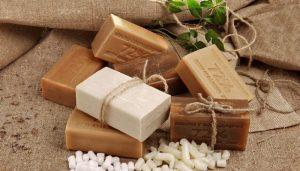 От пыли хозяйственное мыло