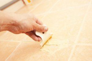 Реставрация скола на плитке