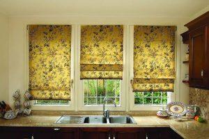 Как часто стирать римские шторы