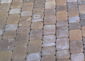 Высолы на тротуарной плитке — как убрать