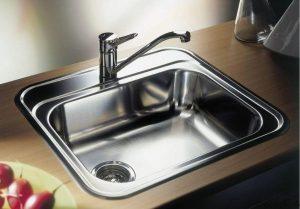 Чем чистить раковину из нержавейки на кухне