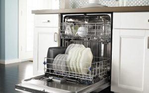 Как правильно чистить посудомойку
