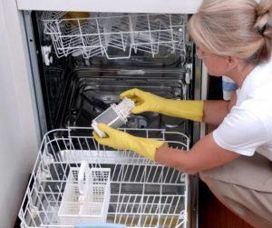 Как очистить посудомойку от жира