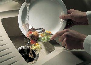 Запах из раковины на кухне — причины появления