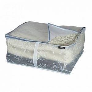 Как сложить одеяло