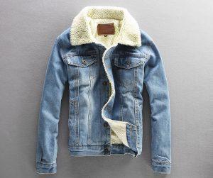 Как сложить джинсовую куртку компактно