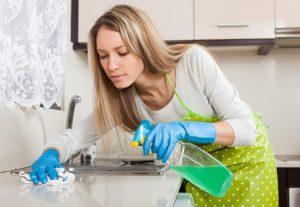 Средство для удаления жира на кухне